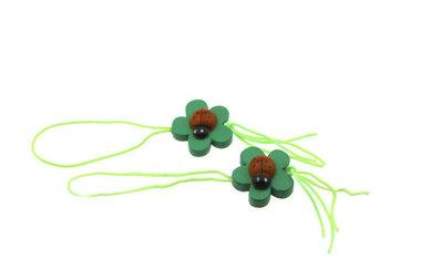 100 gelukspoppetjes Lieveheersbeestje op blad groen touwtje