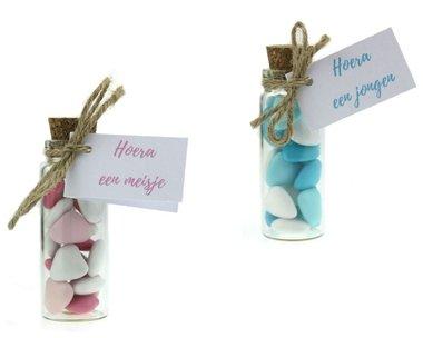 Geboortebedankjes flesje doopsuiker mini hartjes